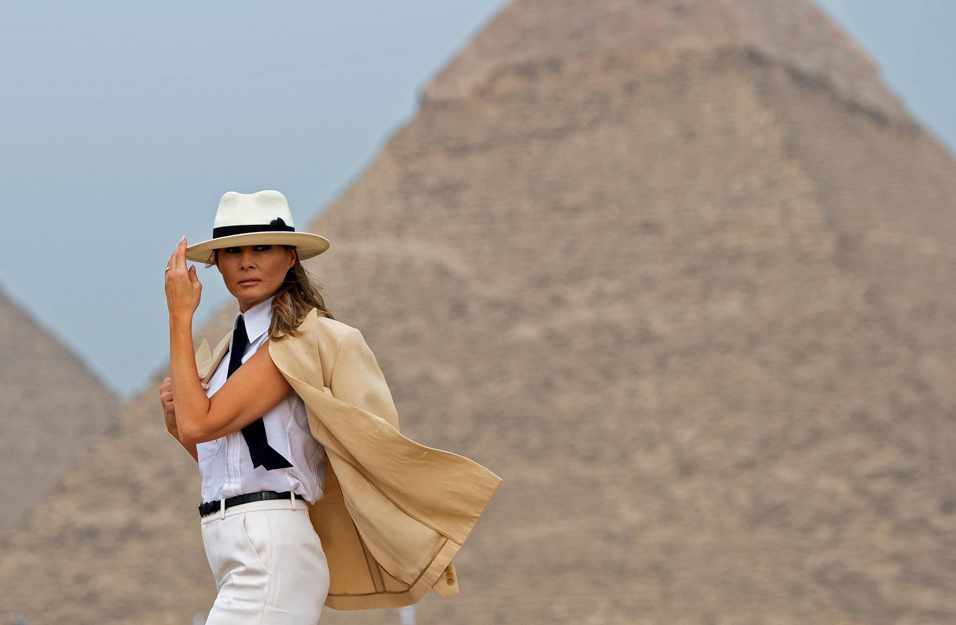 First lady Melania Trump visits the Giza Pyramids in Egypt